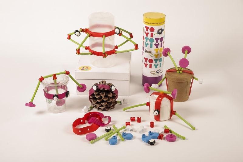 Çocuklar için yaratıcılıklarını destekleyen oyuncaklar tasarlıyorlar