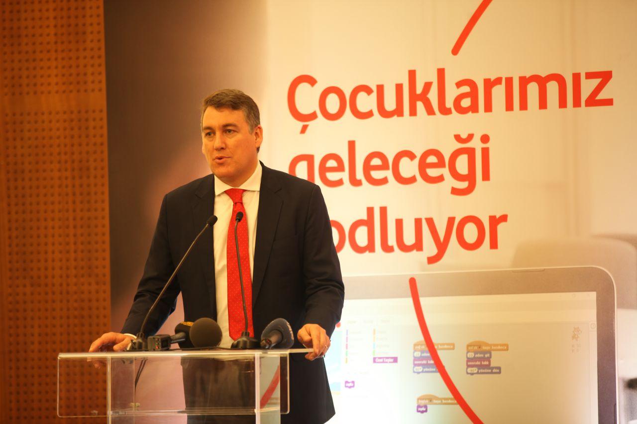 """Vodafone """"Yarını Kodlayanlar"""" projesiyle Konya'da 500 çocuğa kodlama eğitimi verecek"""