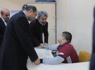 Beşiktaş'tan Şırnaklı çocuklara yüzlerce hediye