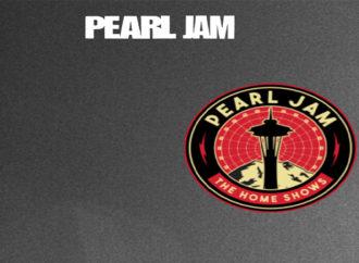 Pearl Jam'den evsizlere büyük destek