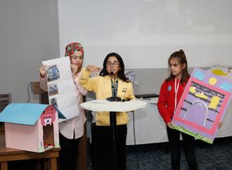 İki yılda 94 kız çocuğu KızCode'la kodlama öğrendi