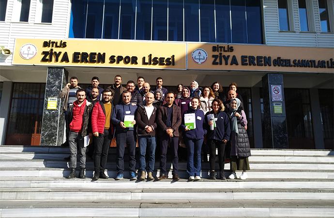 ÖRAV'dan Bitlis'teki öğretmenlere eğitim