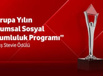 Yarını Kodlayanlar projesine 'Avrupa Yılın Kurumsal Sosyal Sorumluluk' ödülü